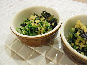 豆苗と海苔とアーモンドのコラボ