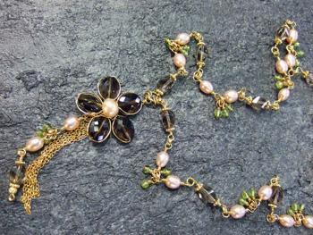 スモーキークォーツの花