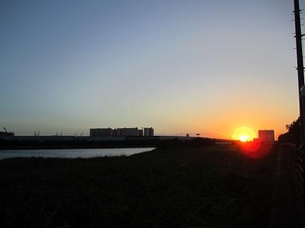 小さい夕日