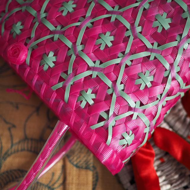 日本製のPPバンドで作った花まる編みのプラかご