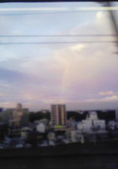 201008091835000大宮での虹