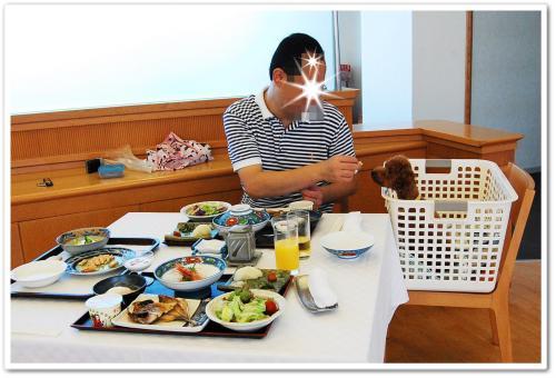朝食ムックとパパ
