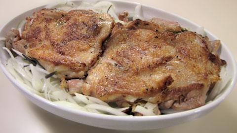 鶏もも肉をオーブンに入れる前