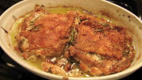 鶏もも肉をオーブンで焼いたもの