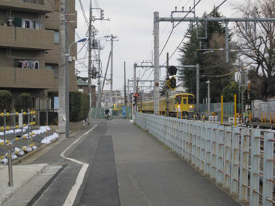 fumikiri_syakujii8_1_20120304