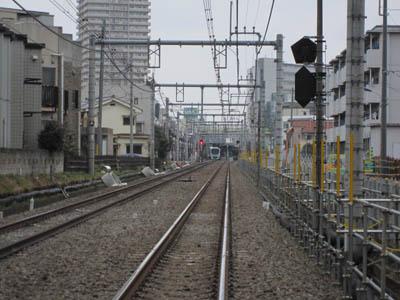fumikiri_syakujii8_3_20120304
