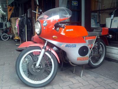 F1000024m.jpg