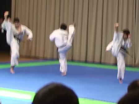 団体戦 蹴武型 東京港テコンドークラブ