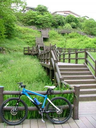 急傾斜の丹後沢公園