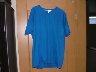 ユニクロ・オリジナルTシャツ