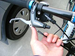 ブレーキケーブルの修正作業・11
