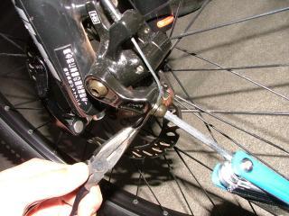 ブレーキケーブルの修正作業・12