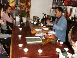 12期茶芸師ツアー 茶葉市場