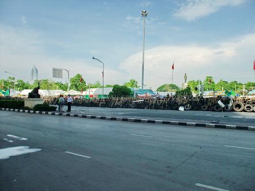 1-Silom 04