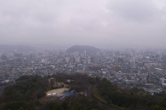 松山市一望できます