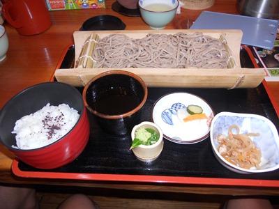昼食(ざるそば定食)