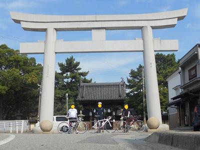 高砂神社で集合写真