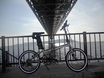明石海峡大橋とダホン