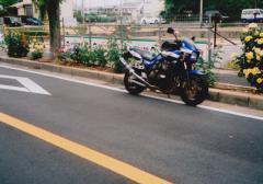 r001.jpg
