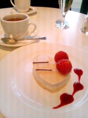 Cafe d'Art イメージケーキ