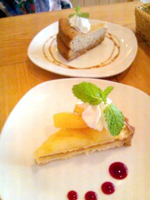 ゆるcafe 木楽楽 タルトとチーズケーキ