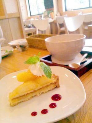 ゆるcafe 木楽楽 タルト+チャイ