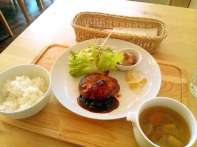 L.S Cafe 山形牛と米沢ポークハンバーグ