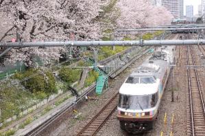 2010_0404 東中野c