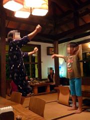 石垣島の舟蔵の里で三線ライブと沖縄料理を堪能!