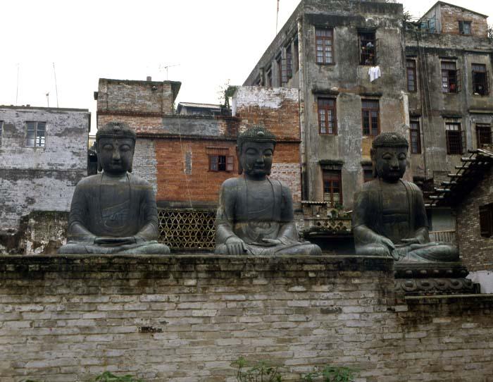 広州の仏像