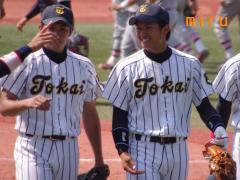 菅野投手と坂口選手