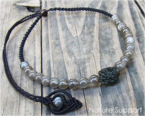 モルダバイト&ブラックムーンストーン天然石マクラメ編みチョーカー