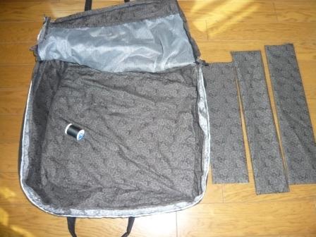 パッチスーツケース2