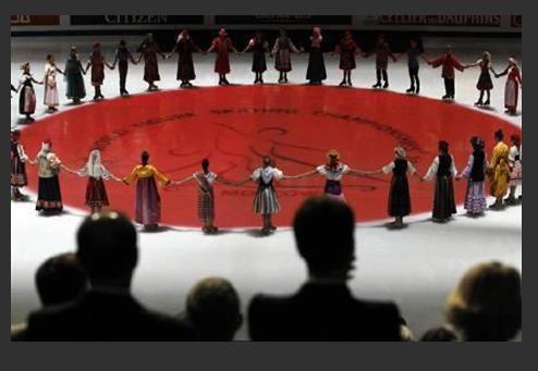 27日モスクワ フィギアSP 日本に黙とう