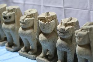 串茶屋資料館・狛犬