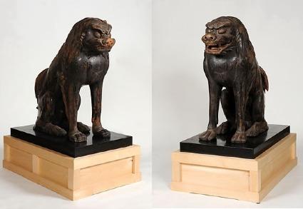 白山比咩神社・木造狛犬