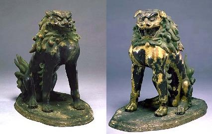 大宝神社・狛犬