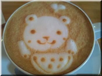 カフェラテにはかわいいアート
