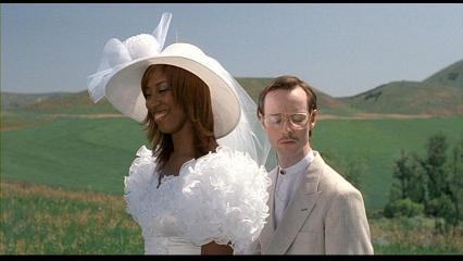 エンドロール後結婚式