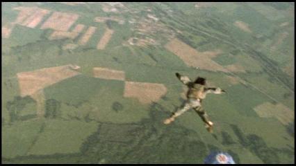 飛ぶジャッキー