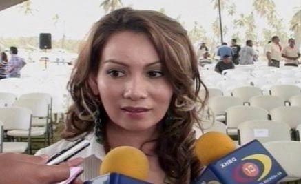 【画像】 メキシコ麻薬カルテルが美人元市長を殺害 夫も殺さられ、本人も人工肛門だった末