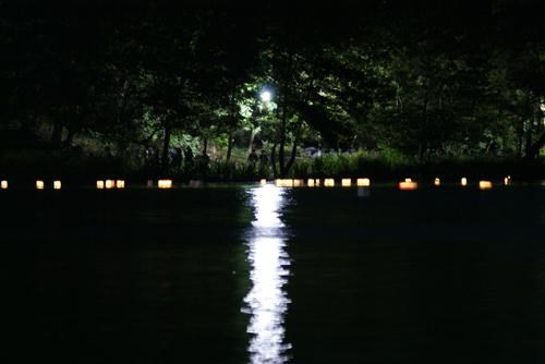 石神井公園 灯籠流し01