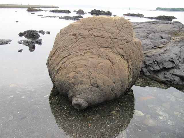 おっぱい岩1