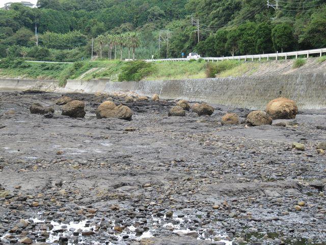 おっぱい岩4