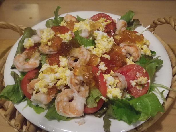 トマトと海老のミモザサラダぽん酢ジュレ添え