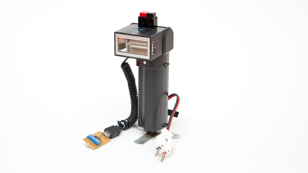 コンデンサーパンク修理と外部引き出し(nissin Auto 3200 AF iGBT Control)