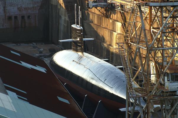 呉ドックの潜水艦