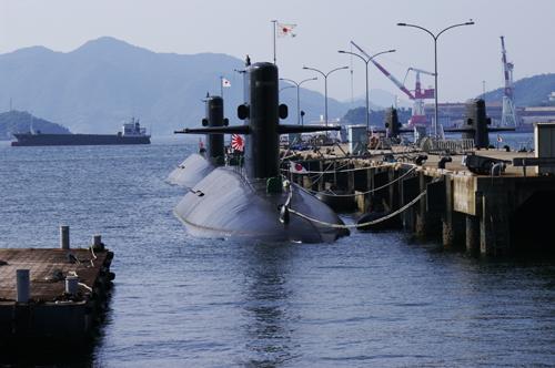 潜水艦基地
