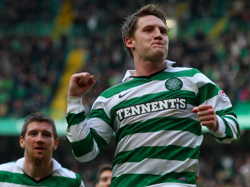 Celtic-v-Hamilton-Kris-Commons-celeb-punch_2570245.jpg