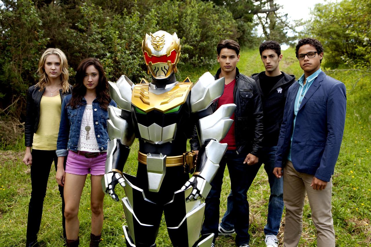 Nickelodeon-Saban-Brands-Power-Rangers-Megaforce-Mega-Force-Cast-Ranger.jpg